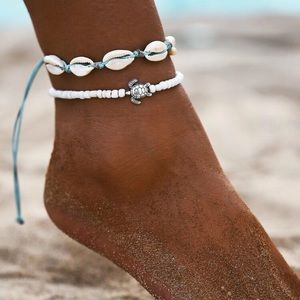 3/$30 Shell & Turtle Bead Anklet